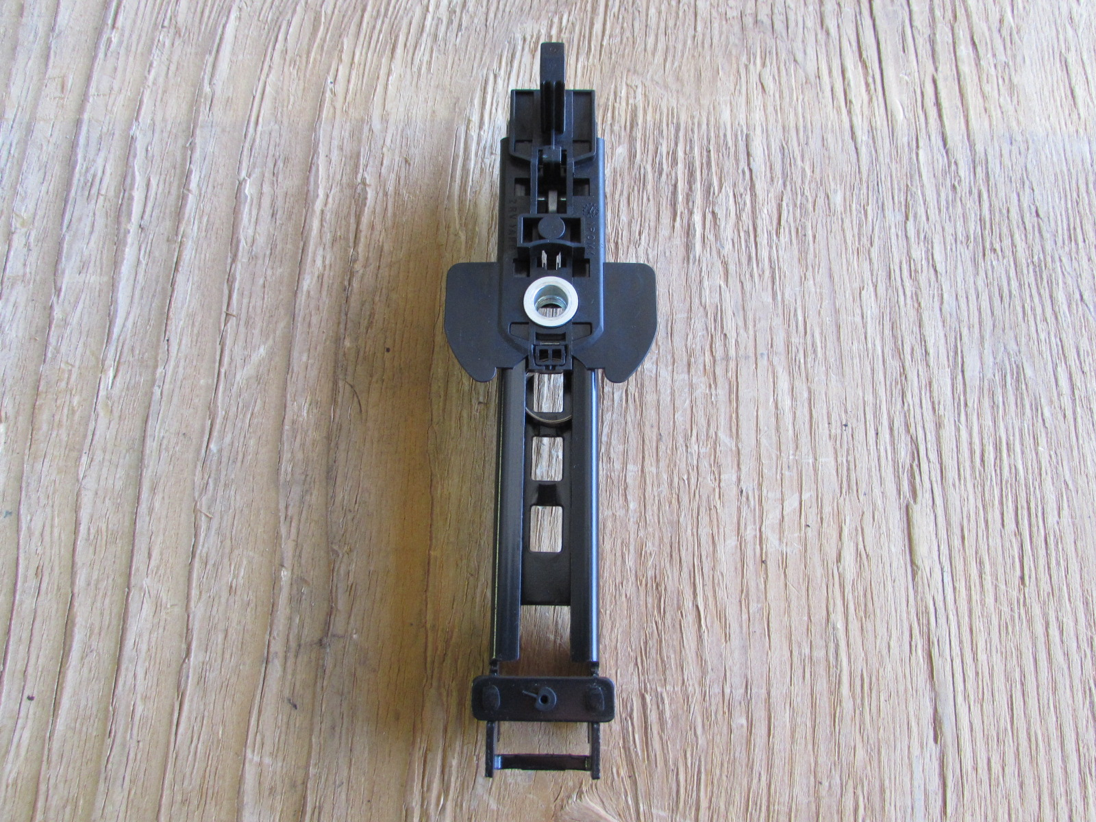 Audi Oem A4 B8 Seat Belt Height Adjuster Front Right Or