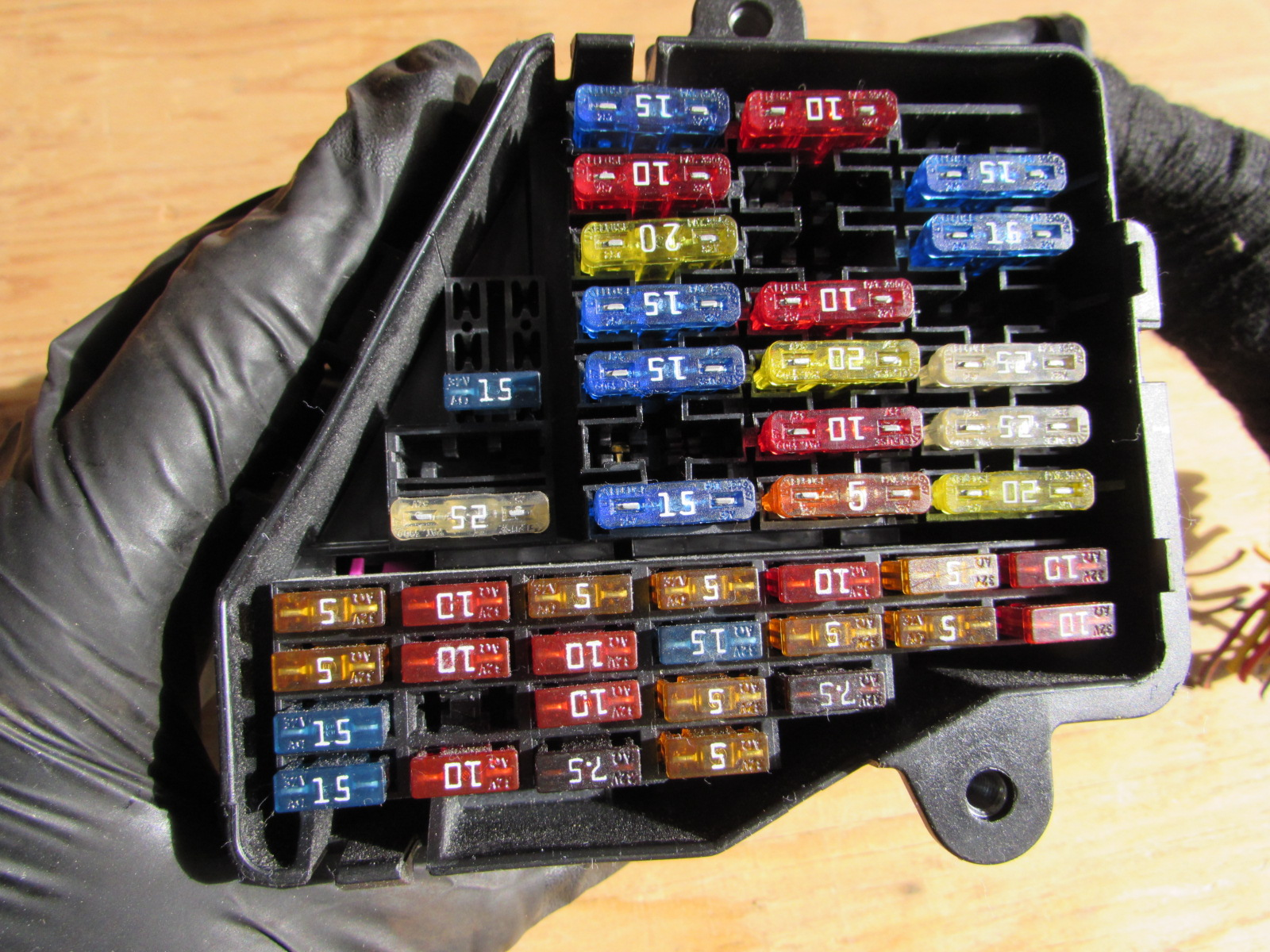 Audi Tt Fuse Box Another Blog About Wiring Diagram S3 Layout Mk1 8n Dash 8d1941824 Hermes Auto Parts