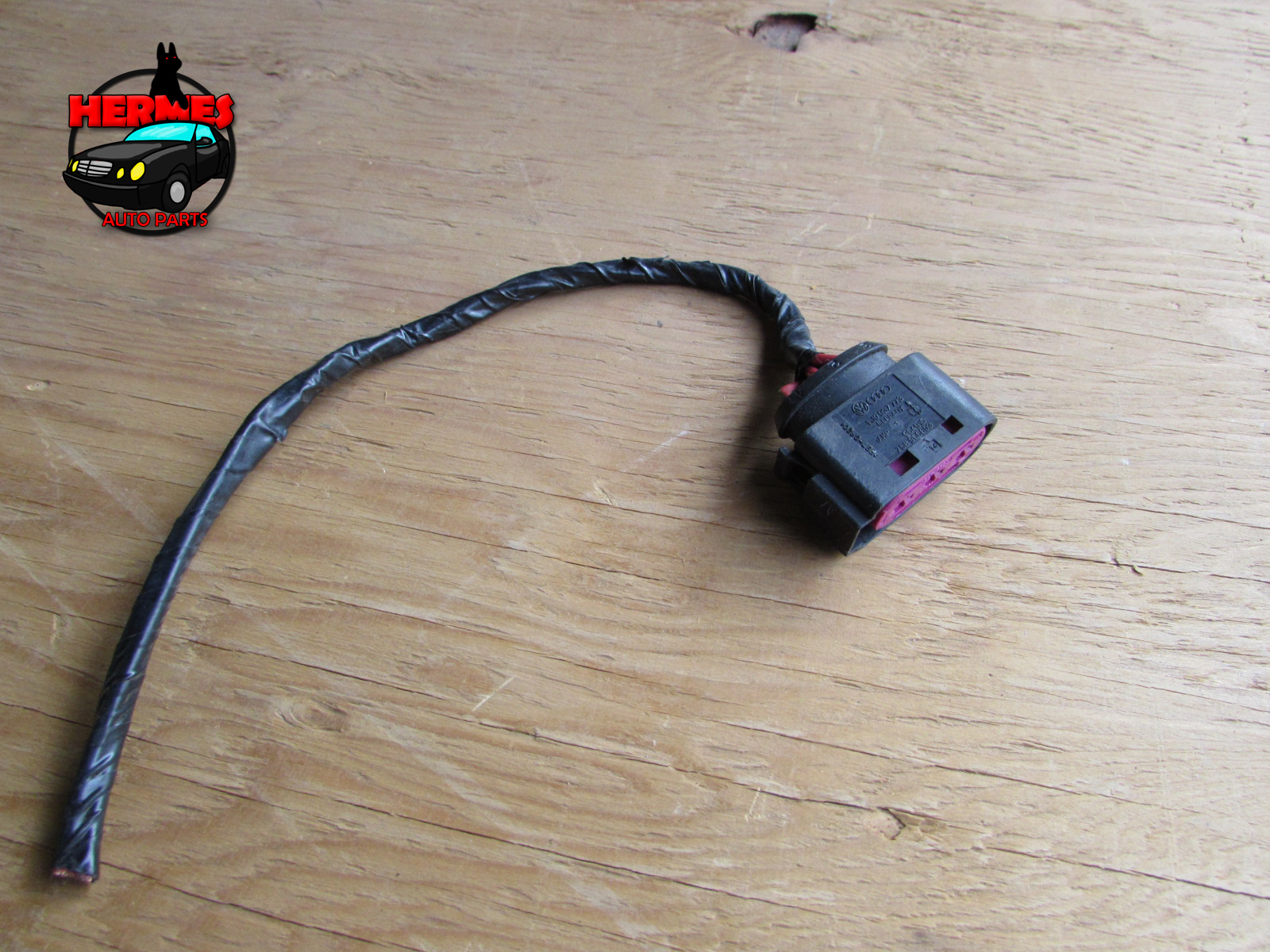 Audi Tt Mk1 8n Fuse Box Battery Terminal Junction Connector Plug 2001 W Wiring 1j0937773