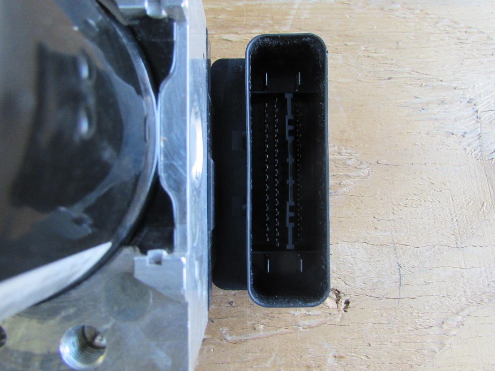 BMW ABS Control Module Hydro Unit Anti Lock Brake Pump DSC 34526776067 E90  323i 325i 328i 330i 335i