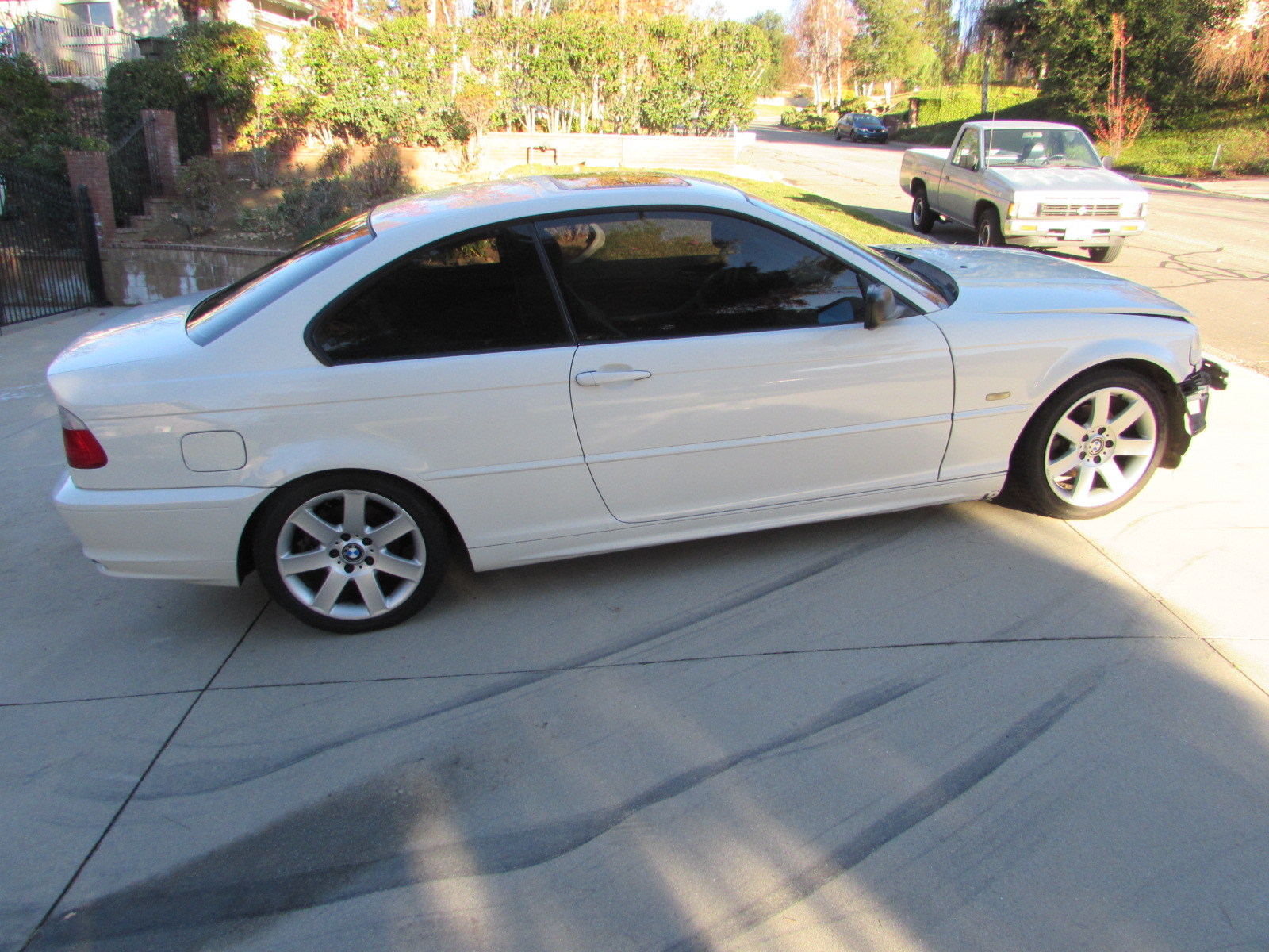 Bmw Side Skirt Rocker Panel  Right 51718226118 E46 323ci 325ci 330ci Coupe And Convertible Only