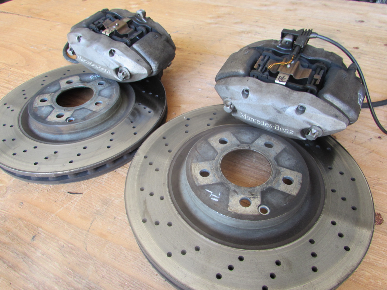 Mercedes front brake calipers and rotors includes set for Mercedes benz brake calipers