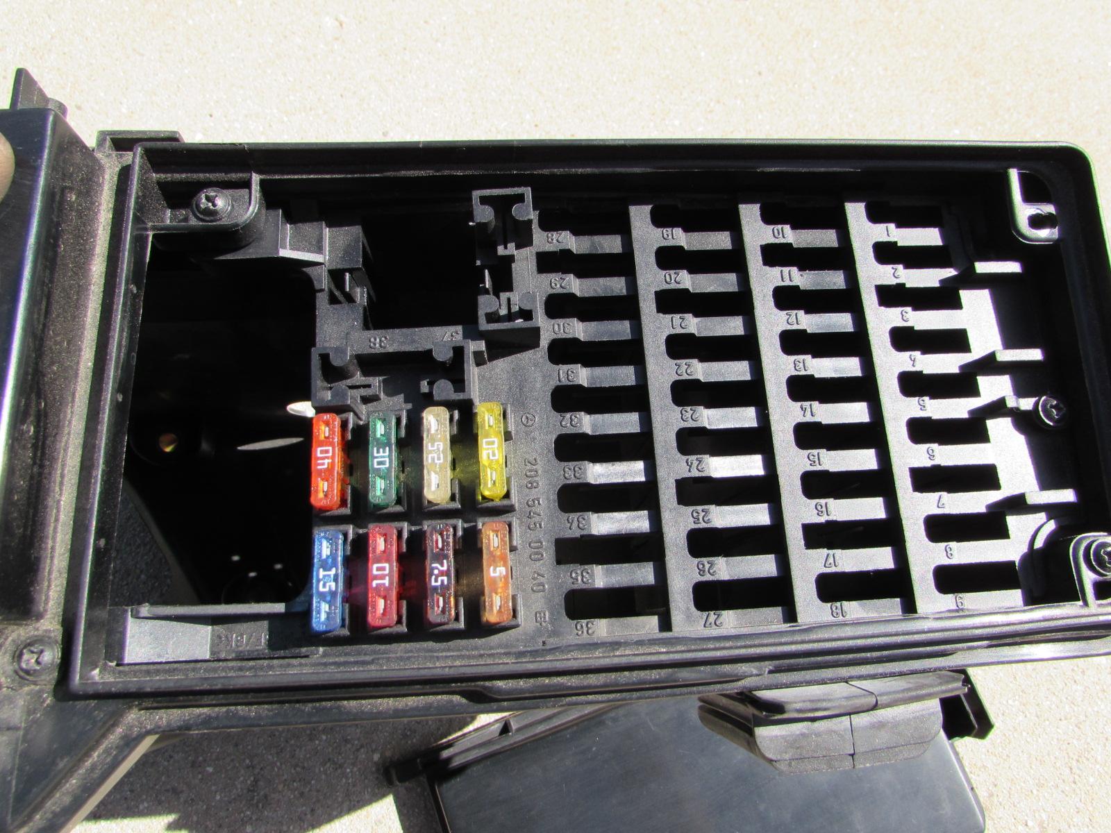Mercedes Fuse Box 2085400050 W208 W202 Clk C Class Hermes Auto Parts Class2