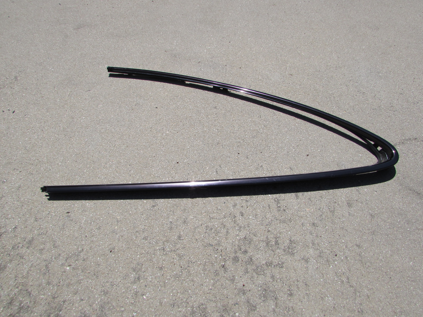 Mercedes Quarter Panel Window Exterior Trim Left