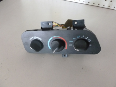1995 Chevy Camaro - Climate Controller AC Heater Controls-main