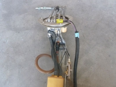 1995 Chevy Camaro - Fuel Pump Assembly3