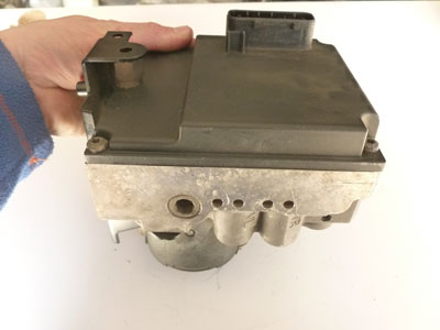 1997 BMW 528i E39 - Bosch ABS Brake Pump and Module (Hydro Unit ABS /ASC + T) 345110909102
