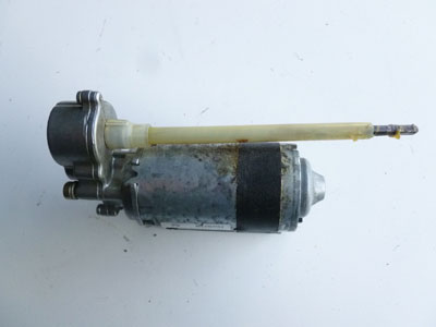 1997 BMW 528i E39 - Bosch Steering Column Vertical Adjustment Motor, Right 676483602302