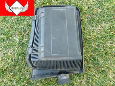 1997 BMW 528i E39 - Cabin Filter Box, Lid and Bottom Housing, Right 64318364774