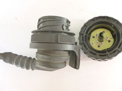 1997 BMW 528i E39 - Diagnosis Engine Bay Large Round Plug Connector w/ Pigtail 17112184