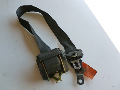 1997 BMW 528i E39 - Drivers Seat Belt 8198571-main