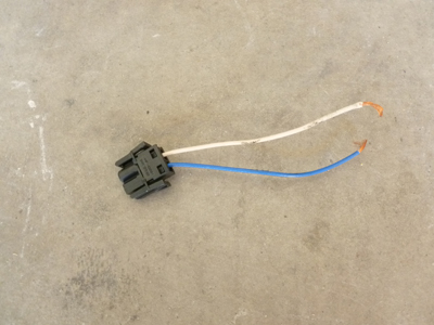 1997 BMW 528i E39 - Fuel Tank Door Actuator Connector, Plug w/ Pigtail 1378103