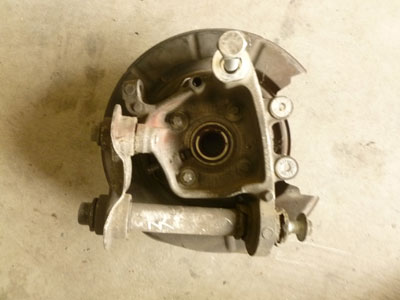1997 BMW 528i E39 - Knuckle Hub, Rear Right 333210913363