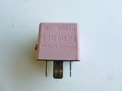 1997 BMW 528i E39 - Pink ABS Relay Bosch 8365326-main