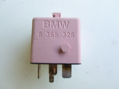 1997 BMW 528i E39 - Pink ABS Relay Bosch 83653263