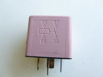 1997 BMW 528i E39 - Pink ABS Relay Bosch 83653264