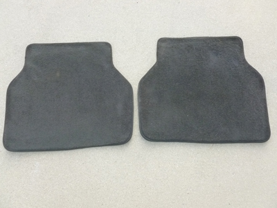 1997 BMW 528i E39 - Rear Floor Mats 82111469570
