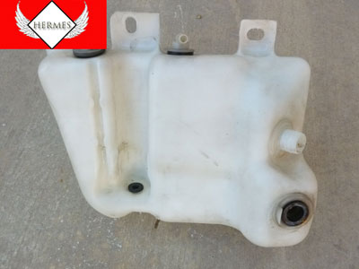 1997 BMW 528i E39 - Windshield Washer Fluid Reservoir Container 8361439