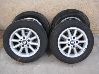 1998 BMW 328I E36 - 15in alloy rims