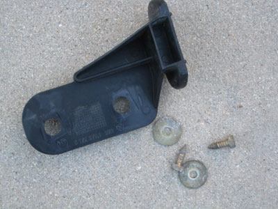 1998 BMW 328I E36 - Left Front Bumper Support