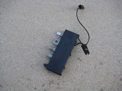 1998 BMW 328I E36 - Radio Signal Amplifier / Trap Circuit Right