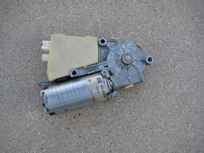 1998 BMW 328I E36 - Sunroof Motor