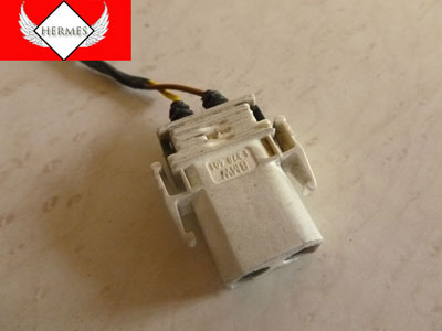 1998 BMW 328I E36 - White 2 Pin Male Plug