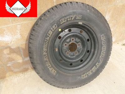 1998 Ford Expedition XLT - 16 Inch Spare Tire and Rim
