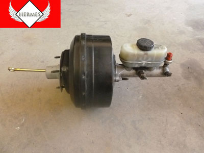 1998 Ford Expedition XLT - Brake Master Cylinder with Brake Booster