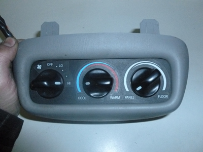 1998 Ford Expedition XLT - Climate Controls AC Heater 2nd Row Rear