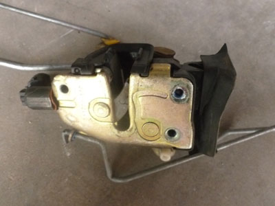 2000 Ford Explorer Xlt >> 1998 Ford Expedition XLT - Door Latch Front Right - Hermes ...