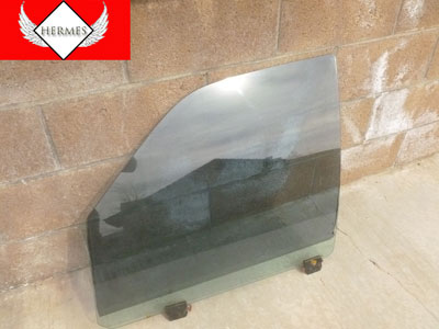1998 Ford Expedition XLT - Door Window Glass, Front Left