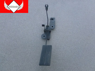 1998 Ford Expedition XLT - Gas Pedal Assembly