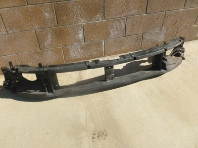 1998 Ford Expedition XLT - Headlight / Grille Housing Header Panel