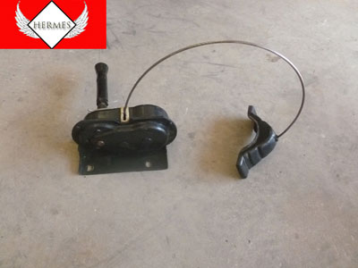 1998 Ford Expedition XLT - Spare Tire Rim Carrier Winch Hoist