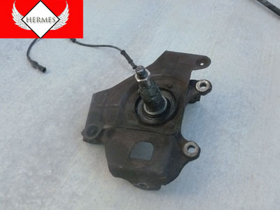 1998 Ford Expedition XLT - Spindle Knuckle with Speed Sensor Left 4x2