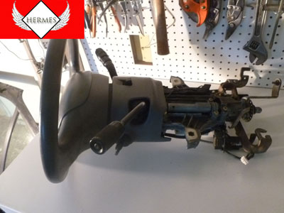 1998 Ford Expedition XLT - Steering Column With Key, Airbag, and Steering Wheel