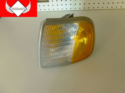 1998 Ford Expedition XLT - Turn Signal Corner Light, Front Left