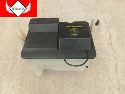 1998 Ford Expedition XLT - Window Washer Reservoir with Motorcraft Pump