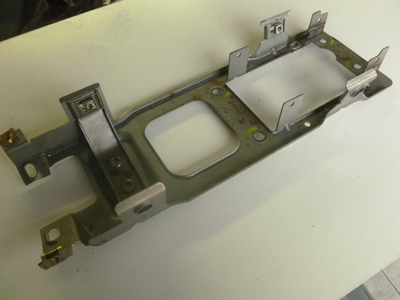 2000 Audi TT Mk1 / 8N - Center Console Mounting Bracket 8N0863531C