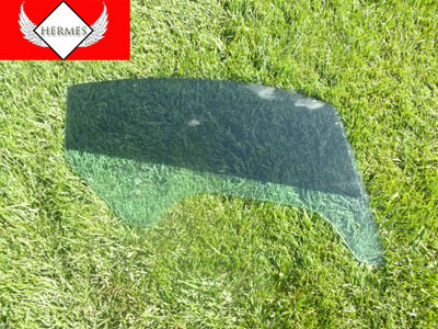 2000 Audi TT Mk1 / 8N - Door Window Glass, Right 8N8845202