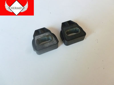 2000 Audi TT Mk1 / 8N - Lower Radiator Brackets Mounts Bushings, Pair 1J0806157A