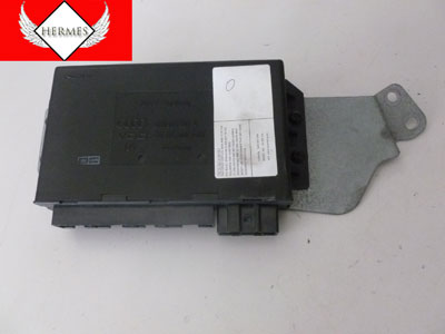2000 Audi TT Mk1 / 8N - Theft Alarm Door Locking Control Module 8N8962267A