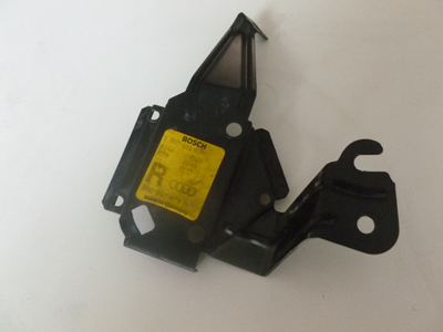 2000 Audi TT Mk1 / 8N - Xenon HiD Headlight Ballast Bracket, Right 8N0907348