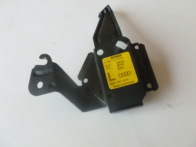 2000 Audi TT Mk1 / 8N - Xenon HiD Headlight Ballast Mounting Bracket, Left