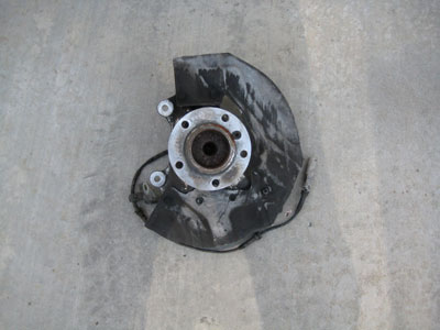 2003 BMW 745Li E65 / E66 - Spindle Hub Dust Cover, Front, Right