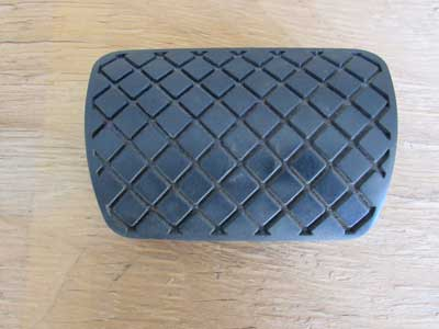 Audi OEM A4 B8 Brake Pedal Rubber Pad Cover 8K1723173 2009 2010 2011 A5 A7 A8 Q5 S4 S5