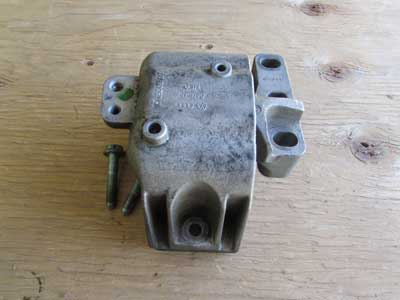 Audi TT MK1 8N Engine Motor Mount 1J0199262CL