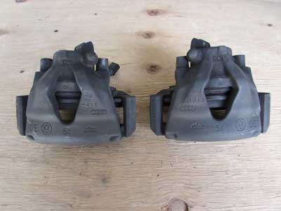 Audi TT MK1 8N Front Brake Calipers w/ Carrier Brackets (Pair)