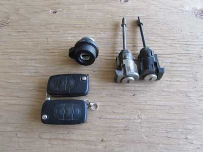Audi TT MK1 8N Ignition Door Lock Keys, Key Fobs, Ignition Cylinder, and Door Lock Cylinders 8E0905855A